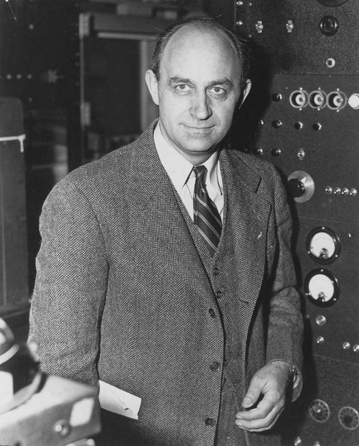 http://image.nauka.bg/astro/bg/vladi/Enrico_Fermi_1943-49.jpg