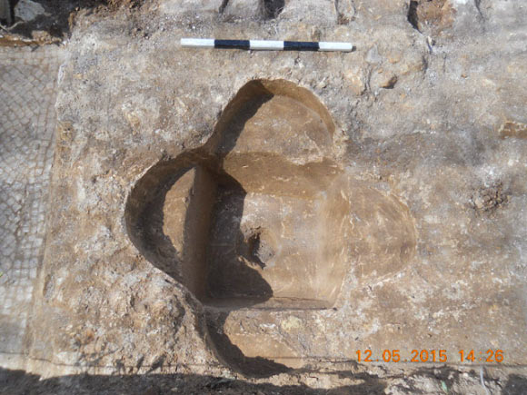 http://image.nauka.bg/history/news/abu-gosh/image_2898_2-Byzantine-Period-Church.jpg