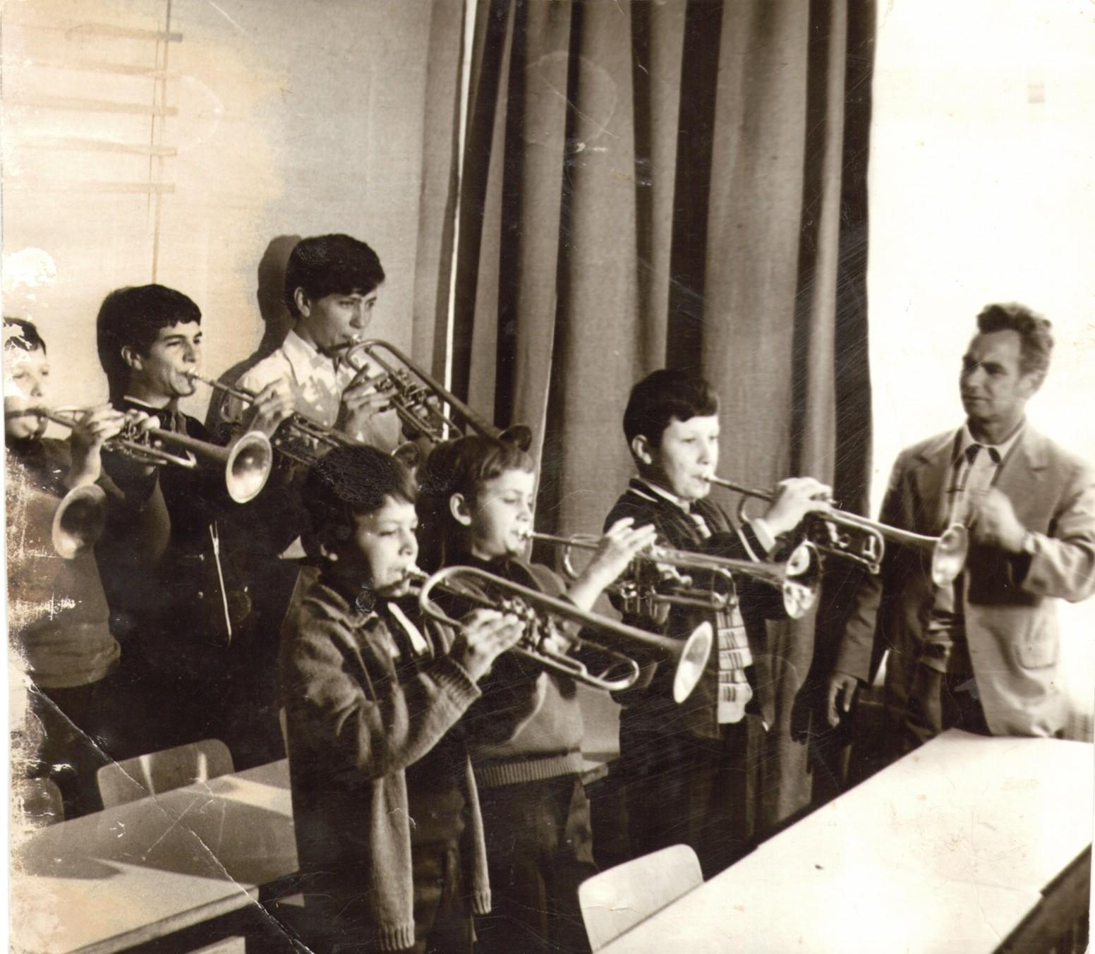 http://image.nauka.bg/kul/music/13.jpg