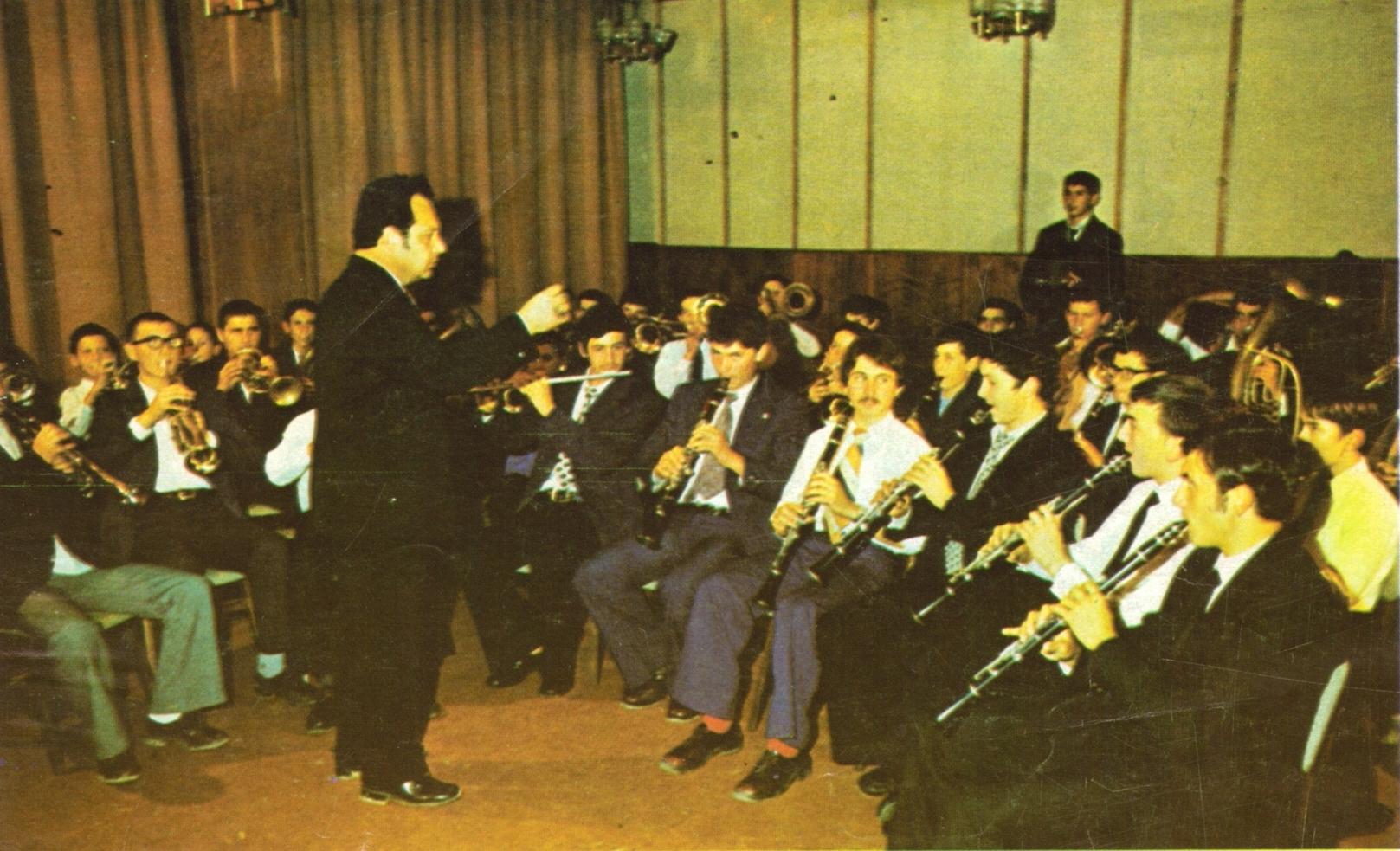 http://image.nauka.bg/kul/music/7.JPG