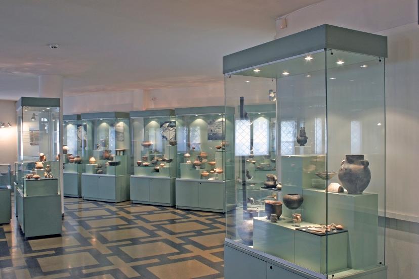 http://image.nauka.bg/history/arch/NAIM/02.JPG
