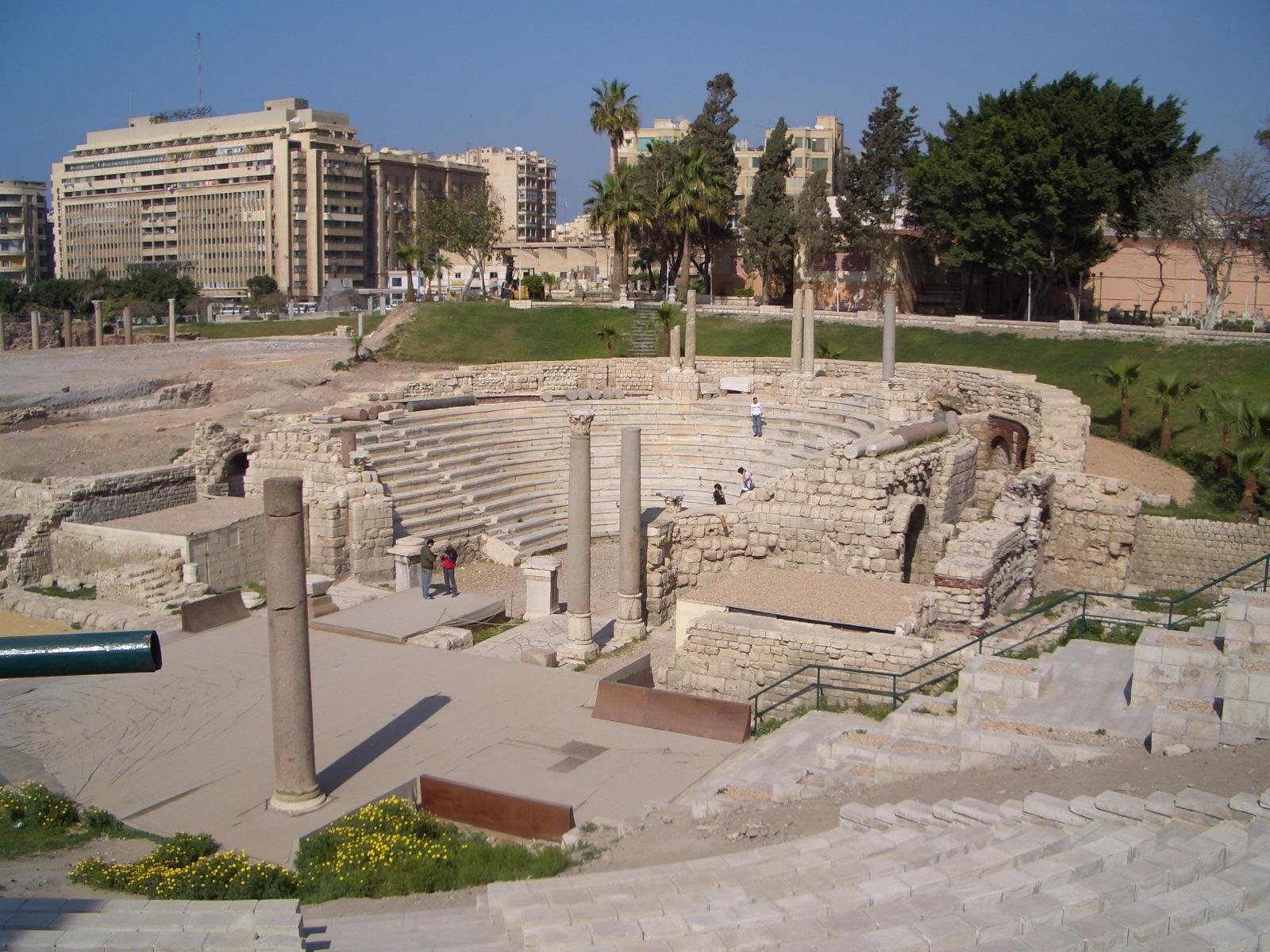 http://image.nauka.bg/history/arch/The_Roman_Theatre_in_Alexandria.JPG