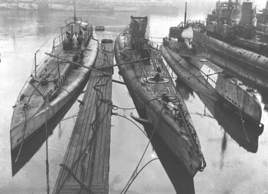 http://image.nauka.bg/tech/podvodnici/1914-1941/1915.NOVAUB.jpg